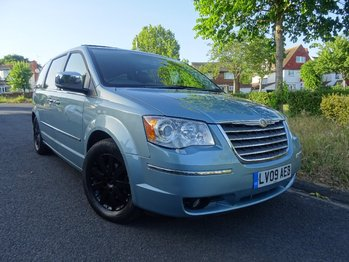 CHRYSLER GRAND VOYAGER CRD Auto Limited - 4 NEW TYRES + SERVICE